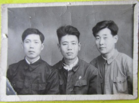 Li Qing (left) with fellow wind players Yang Xixi and Shi Ming, 1959.