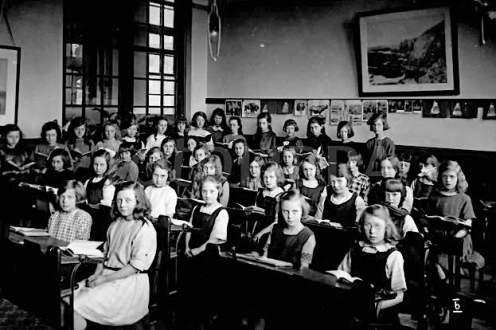 London school 1920